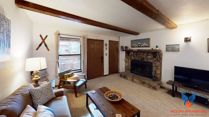 Close to Resort and Slopes; Wildlife Views; Racquet Club 222