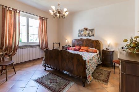 Spacious villa with garden - Bubbio, Asti