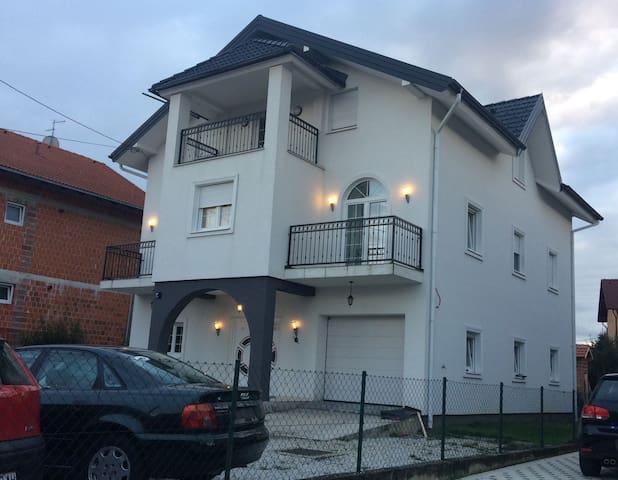 Apartments MORNAR 3