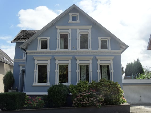 Large House, Huge Terrace/Garden, Games Rooms - Werther (Westfalen) - Talo