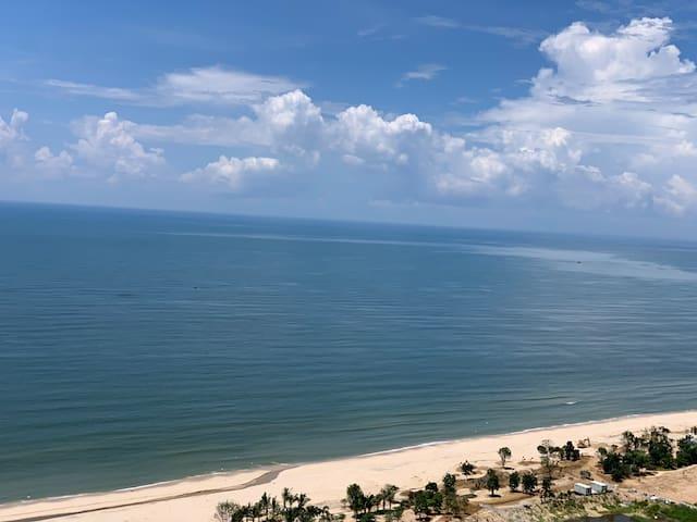 【寓见善美】汕尾保利金町湾 北欧风ins 180度海景阳台  豪华双床  步行5分钟到沙滩
