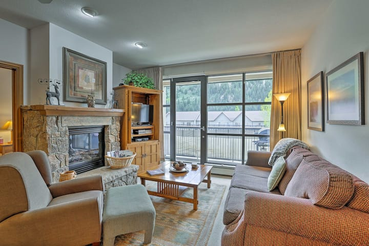 Lavish Condo w/ Grill, 3 Mi to Beaver Creek Resort