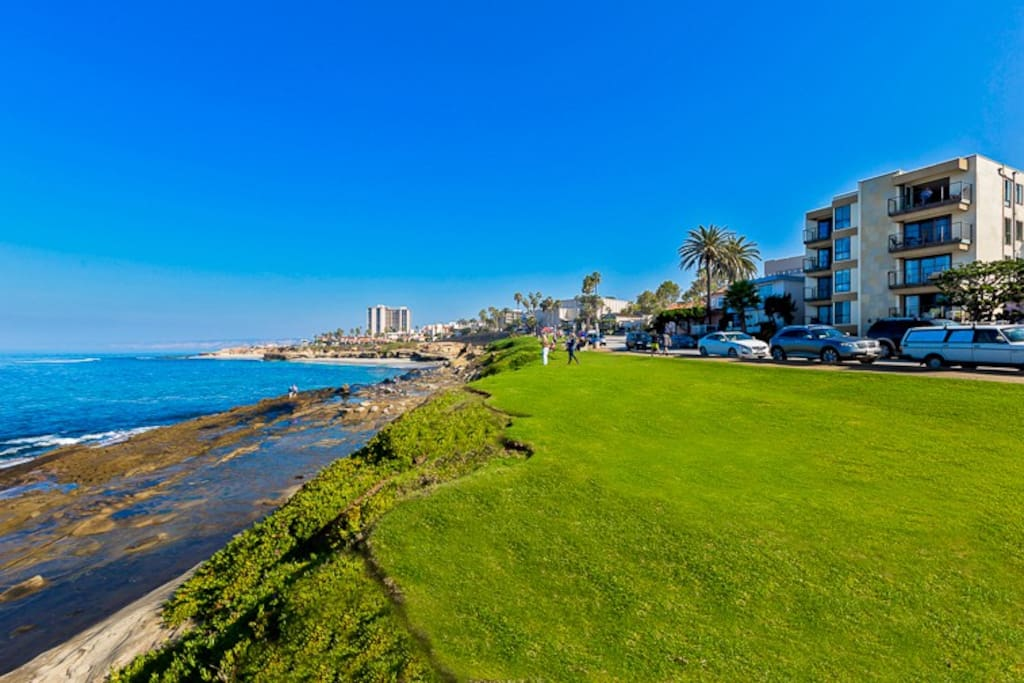 the condo building is ideally located just steps away from this beautiful coastline.