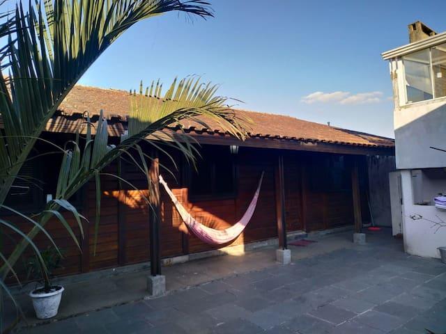 Casa em Curitiba confortável com garagem