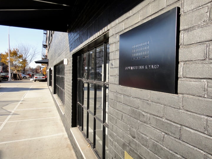 Brooklyn Factory Loft Building Queen Studio Room