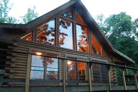 American Dream Cabin - Kulübe