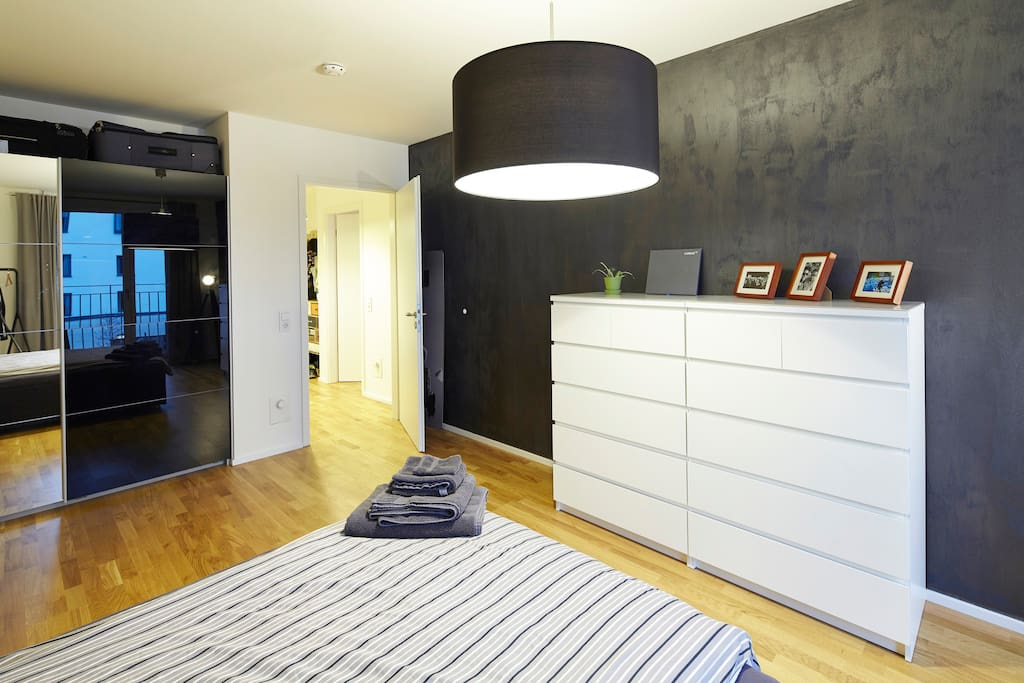 the loft in stuttgart einmalig in bester lage lofts zur miete in stuttgart bw deutschland. Black Bedroom Furniture Sets. Home Design Ideas