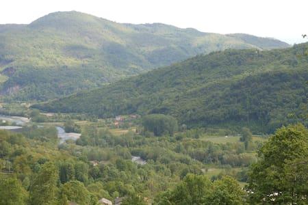 Agriturismo LE LASARDE Valle Varaita Cuneo - Venasca