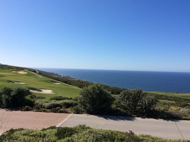 Pinnacle Point Golf Estate, 224 Lookout Drive