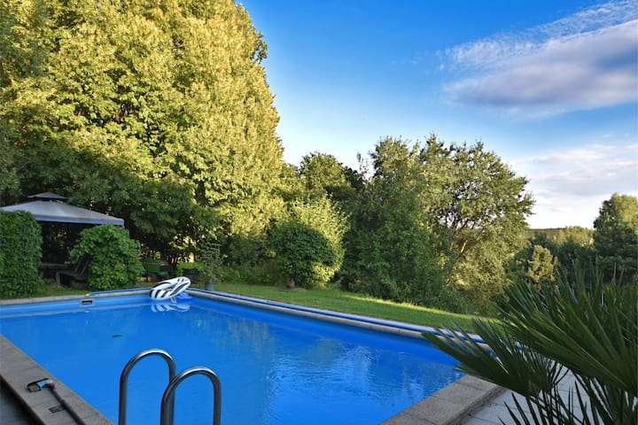 Small flat in the Bavarian Forest with pool, private entrance and two terraces