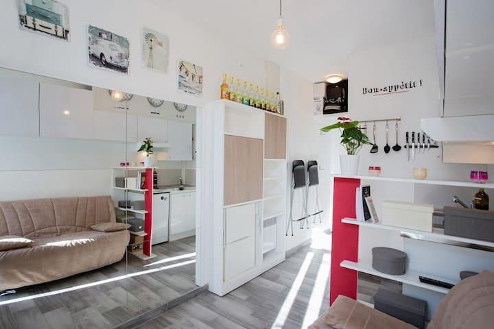 Exclusivity : cozy studio downtown