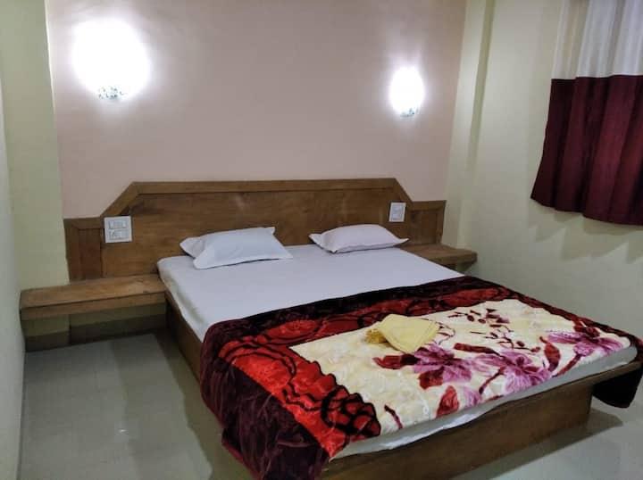 Siddharth Mountain Villa Mahabaleshwar