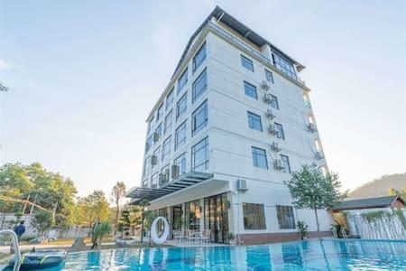 『私人会所』惠州南昆山自然谷私家温泉豪华大床房公寓+私家温泉池+冰凉大泳池+双人早餐