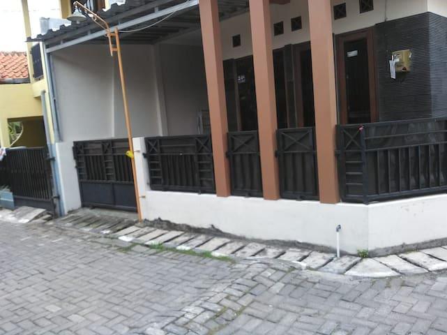 Rumah nyaman di Pedurungan,Semarang