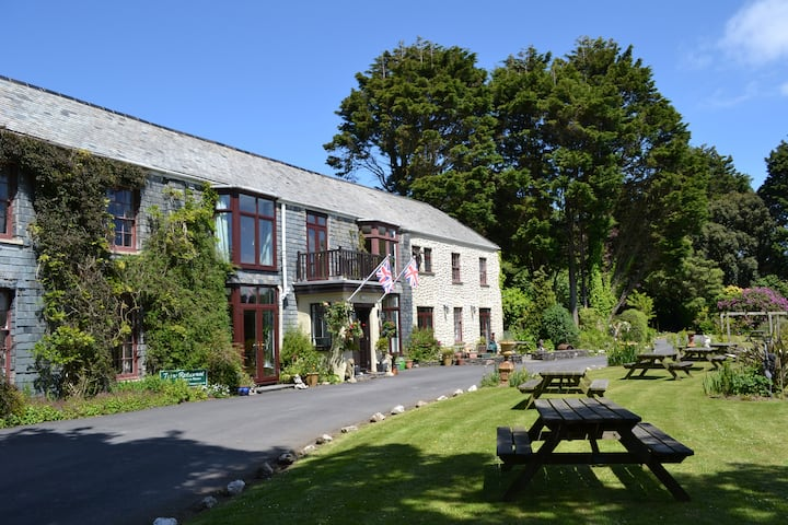 Manor House Hotel near Woolacombe (Rm Heanton)
