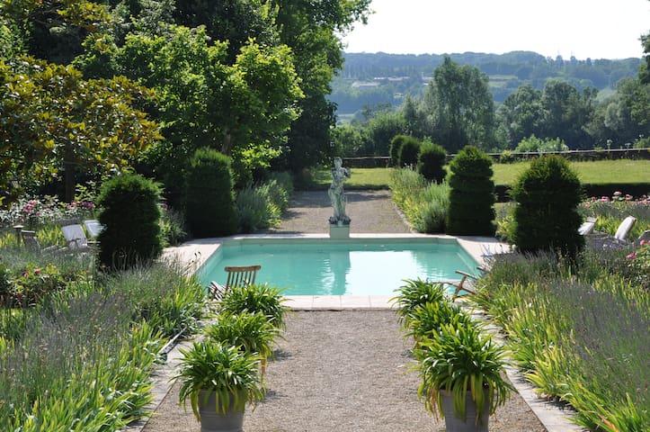 L'ancien ''Orangerie'' du château - Préty - Casa