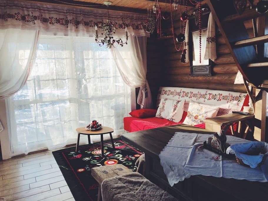 Русский дом гостинная
