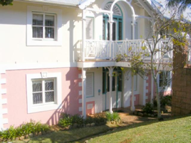 15 Montego Bay Caribbean Estates - Port Edward - Serviced flat