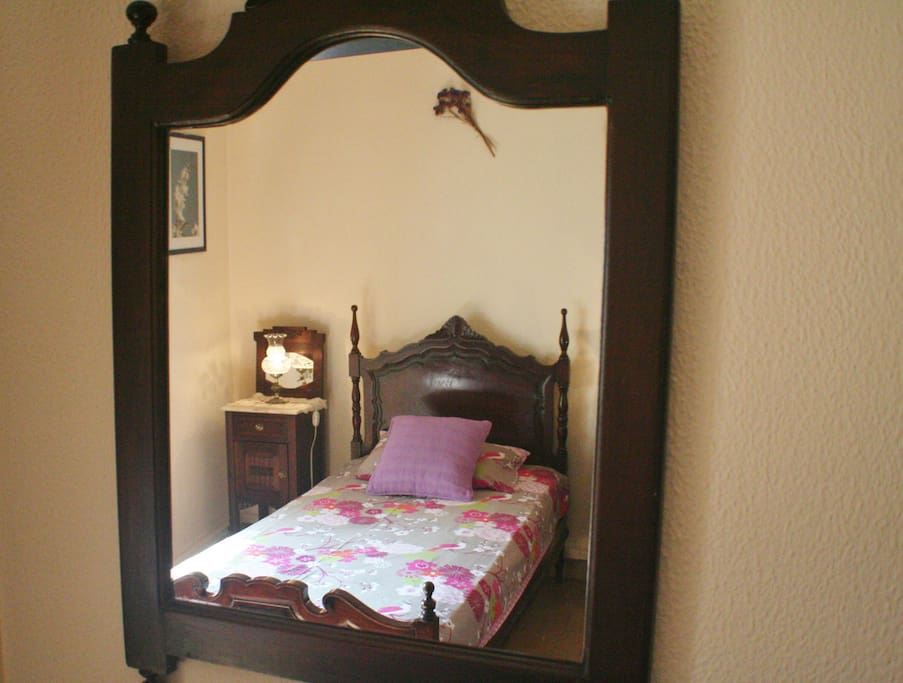 Example traditional Portuguese beds