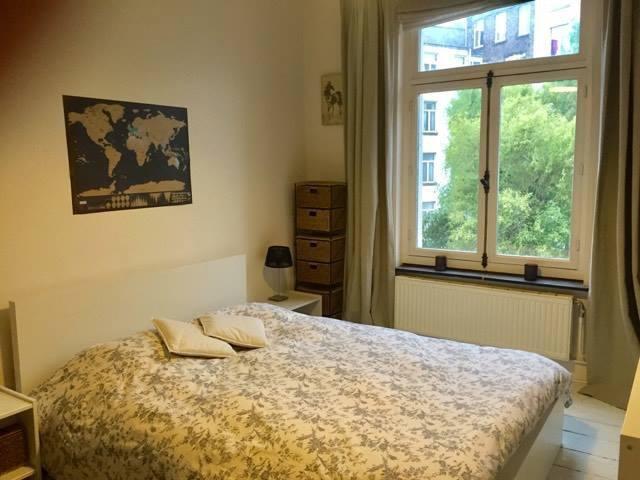 Pretty room in pretty Bruxelles !