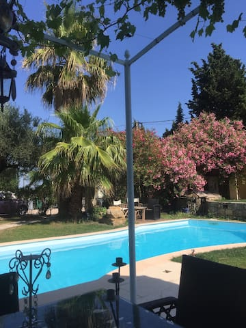 Two Bedroom cottage - Le Rouret - Villa