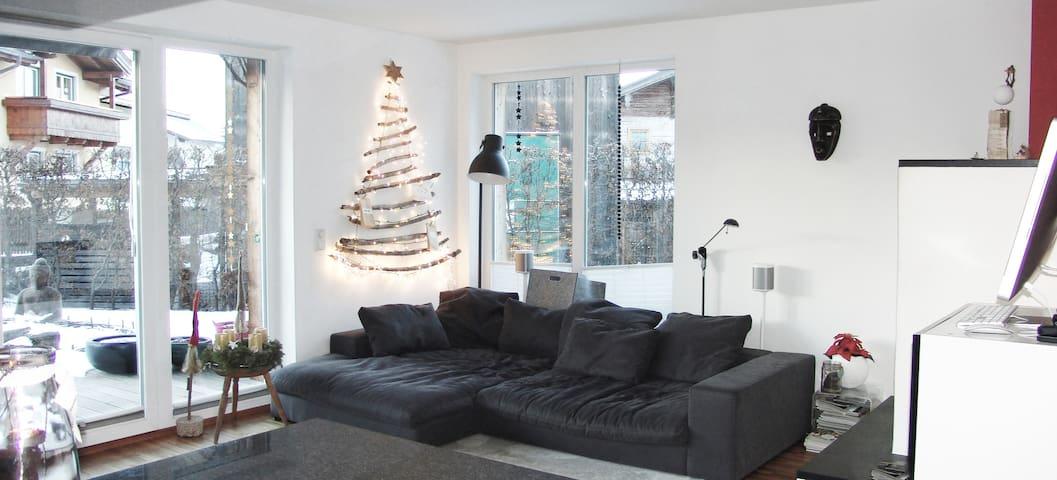 Modern sunny ski chalet - Saalfelden - Huis