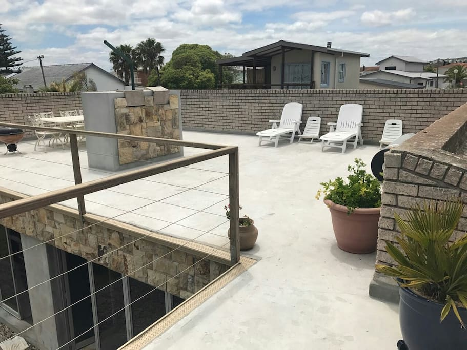 Viewing deck with braai