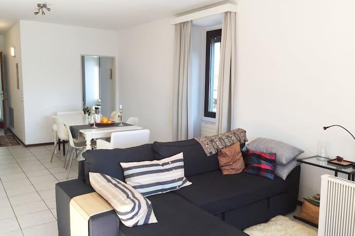 Grosse Traumwohnung mit Panoramablick - Mergoscia - Apartament