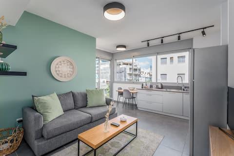 Bograshov area - 1 BR apartment with a balcony