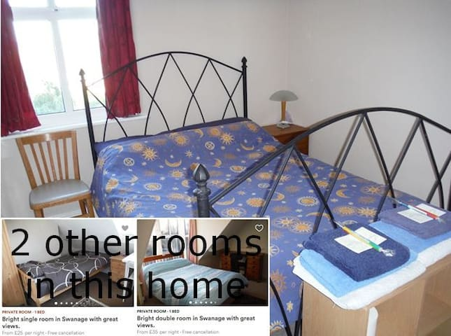 Great double room in Swanage with good views.