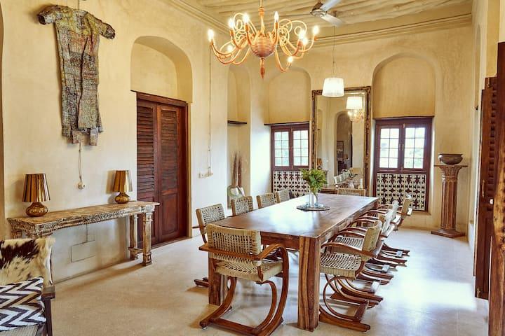 Villa Forodhani: A charming ocean front palazzo