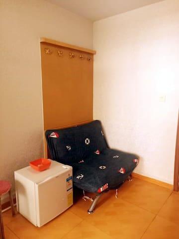 近火车站/爱琴海/迷情两居室