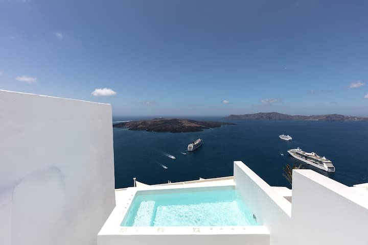 Villa Drop, heated plunge pool, caldera view