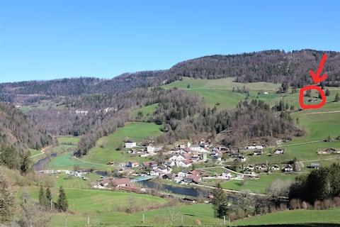 Magnifique chalet dans la réserve du Clos du Doubs