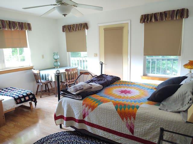 Private room at Woodland Ridge Farm