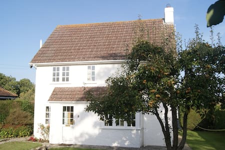 Spacious detached cottage in Corfe - Corfe Castle - Dom