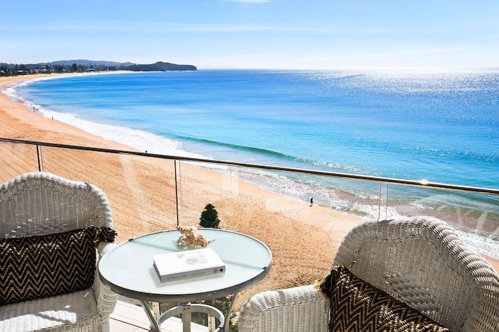 Absolute Beachfront @ Collaroy