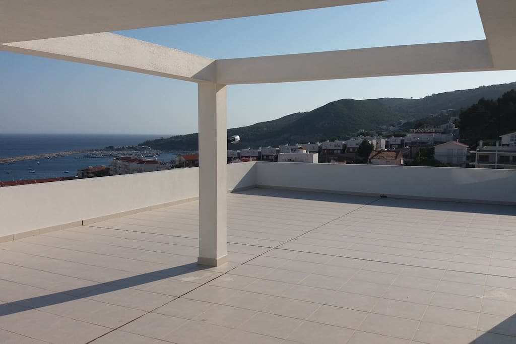 Terraço Fantástico / Grande Terrase / Large Terrace
