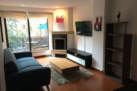 Cozy one room two balcony apartment - Bogotá - Appartement