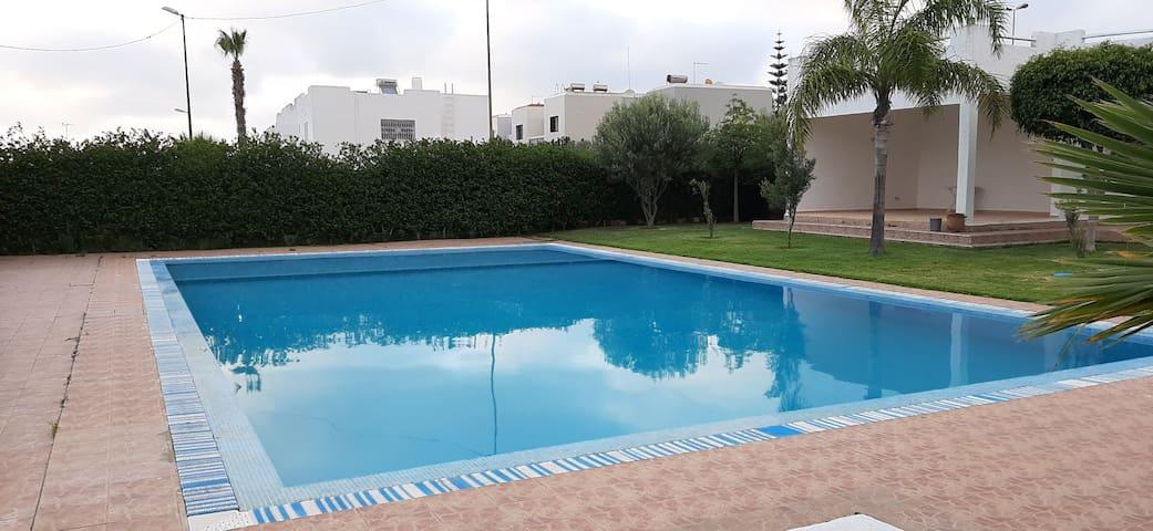 Belle villa ds résidence à 10mn a pied de la plage