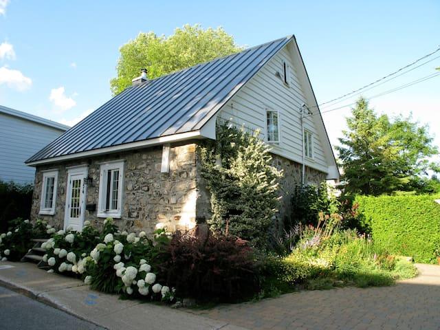 "Historic stone House ""Roy dit Desjardins"" circa 1800"