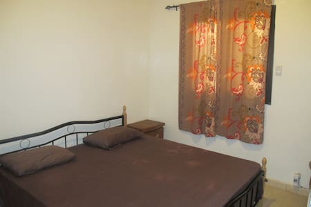 Cozy 2 Bedroom Apartment in HLM - Dakar