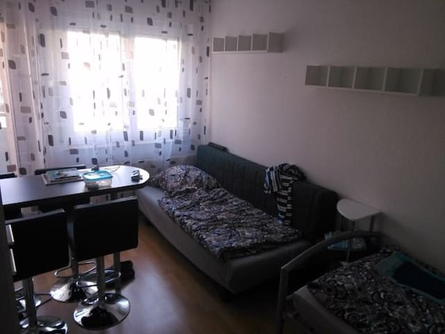Apartment im Zentrum - City - Pforzheim - Appartement