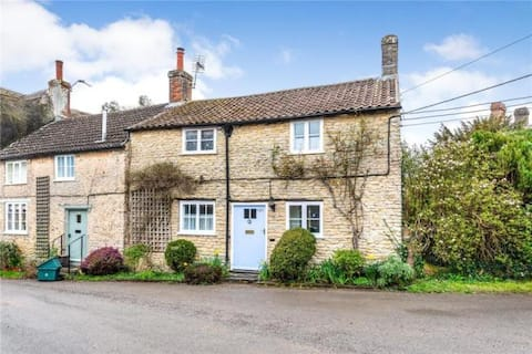 Charming, spacious, character village cottage