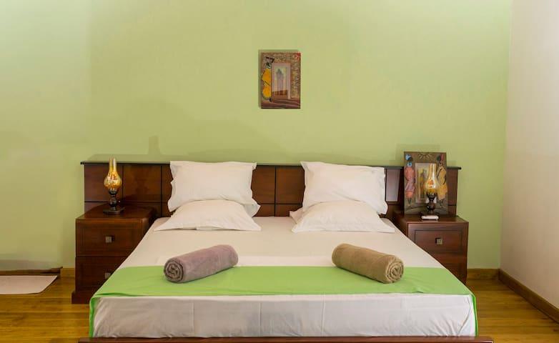 Deluxe bedroom | Villa bonheur