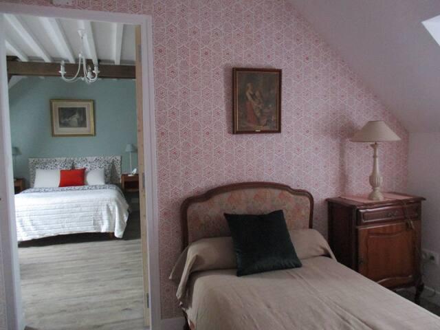 Chambre 1746 - triple - 15 min Compiègne
