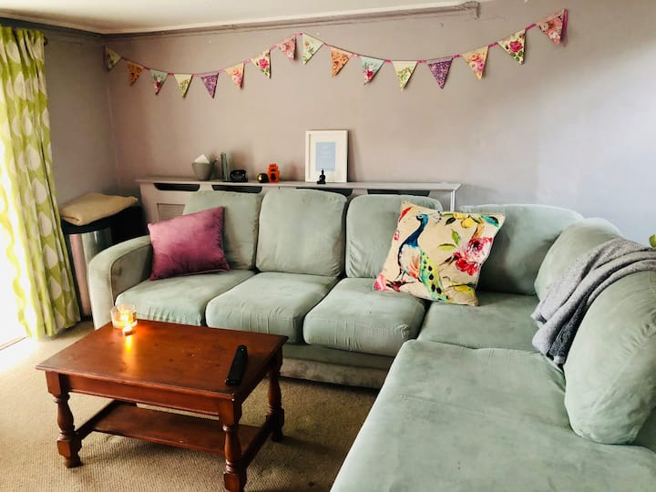 Cosy central London flat