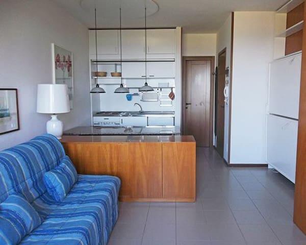 trilocale luminoso ed accogliente, 5 posti letto - Punta Ala
