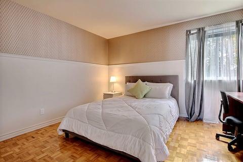 Nouvelle chambre à Laval,Champfleury