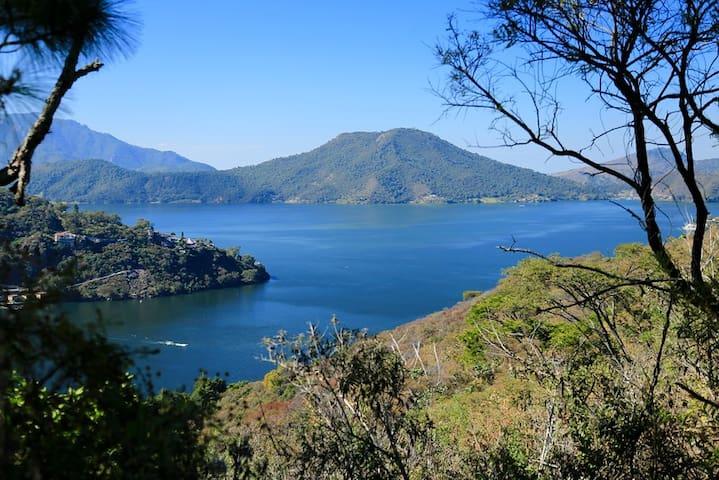 Casa Puerta de Lago: 140 hectáreas de naturaleza